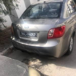 Tunis-voitures-Rio-(Kia)-2010-Manuelle-Essence