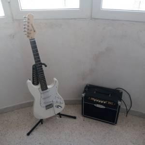 Sousse-loisirs_et_jeux-Pack-guitare-électrique-+-ampli