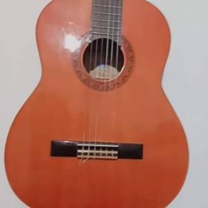 Tunis-loisirs_et_jeux-Guitare-classique-Yamaha-C40-neuve