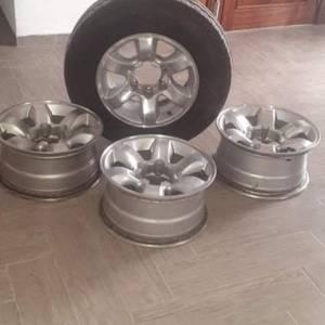 Ben-Arous-vehicules_et_pieces-jante-aluminium
