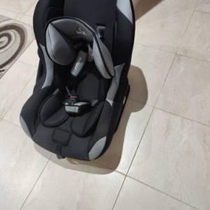 Sousse-bebe_et_enfant-siège-auto