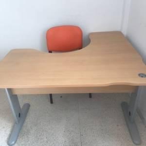 Tunis-maison_et_jardin-avendre-bureau-avec-chaise