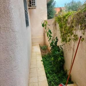 Nabeul-immobilier-A-Vendre-maison(ou-villa)-Non-Meublé-4-Pièce(s)