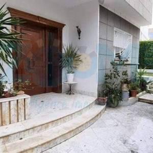 Tunis-immobilier-A-Vendre-maison(ou-villa)-Non-Meublé-4-Pièces