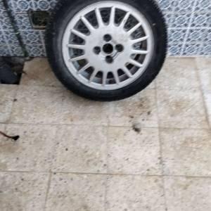 Tunis-vehicules_et_pieces-roue
