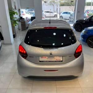 Sfax-voitures-Peugeot-(208)-2016-Manuelle-Essence