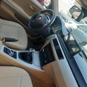 Sfax-voitures-Bmw-(BMW-Serie-3)-2009-Manuelle-Essence