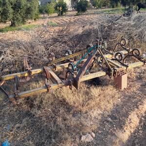 Sfax-vehicules_et_pieces-tracteur-messey-ferguson440